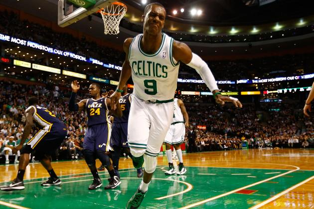 Rajon Rondo Injures Ankle, Status Up in the Air