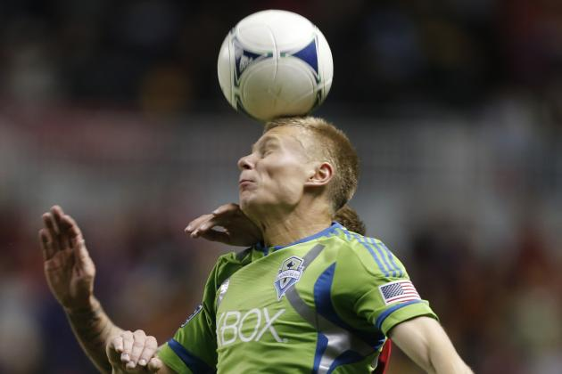 Soccer Players May Injure Brains When 'heading' Ball, Study Says