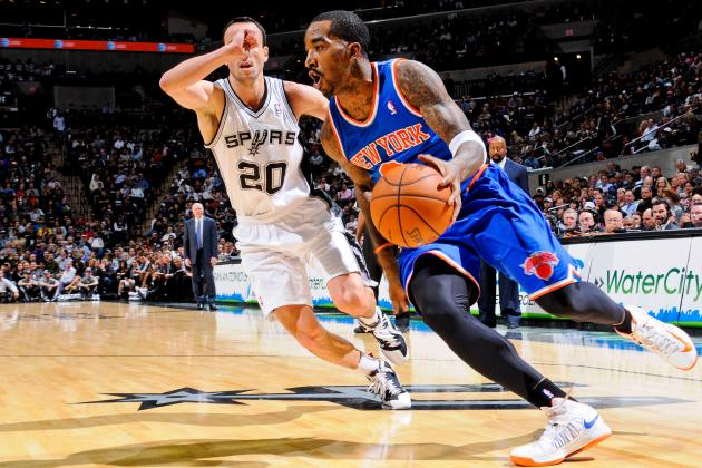 Carmelo Anthony Takes Back Seat to Felton-Sanity as Knicks Topple Spurs