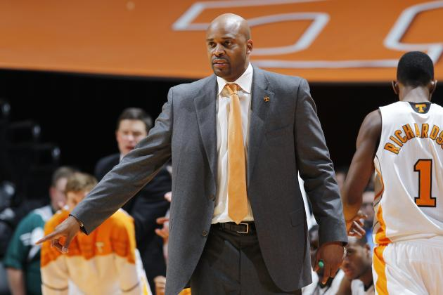 Tennessee Volunteers Start 2012-13 Season off Right by Avoiding Bad Losses