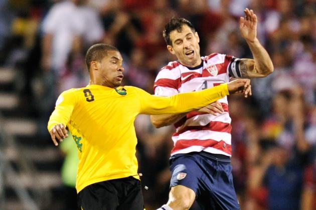 Bocanegra Suffers Hamstring Tear, Expected to Miss Six Weeks
