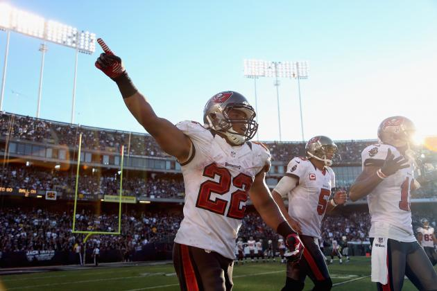 Breaking Down the Stunning Similarities Between Doug Martin and Ray Rice