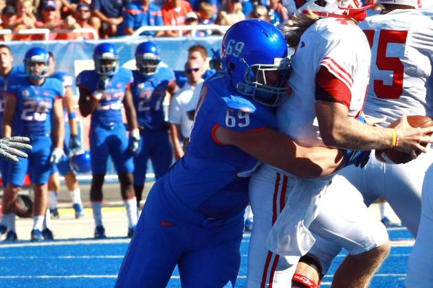 Horn Stepping Up to Fill Void at Defensive Tackle