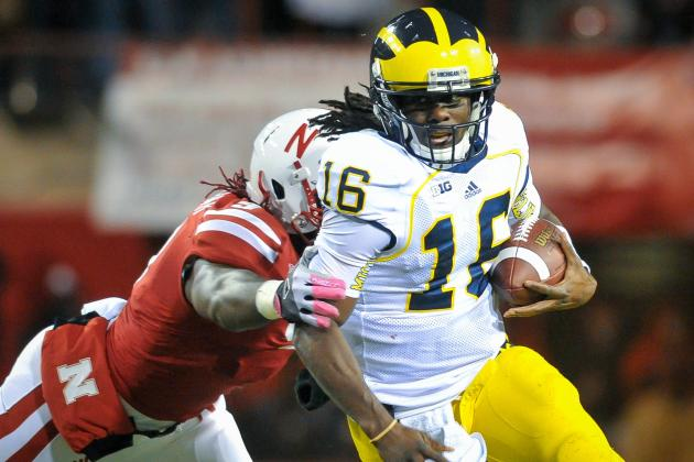 Denard Robinson Starts at RB vs. Iowa