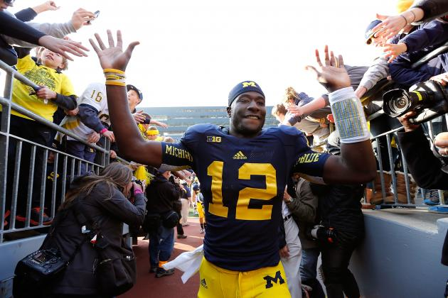 Michigan Football: Denard Robinson Passes the Torch to Devin Gardner