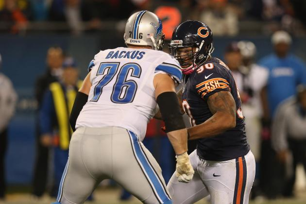 Lions' Jeff Backus Exits Game with Injury After Extending Streak