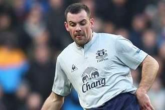 Gibson Closing In on Everton Return