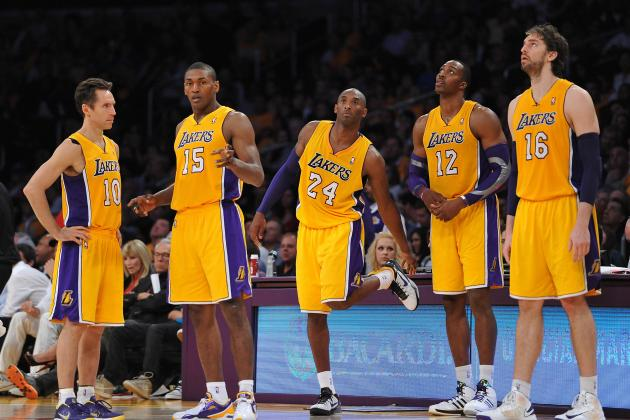 Why L.A. Lakers Should Stagger Stars During Games