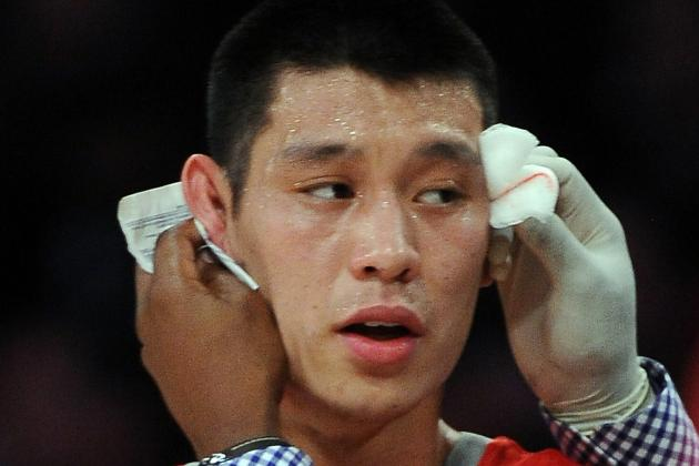 Video: World Peace Elbows Jeremy Lin in the Face