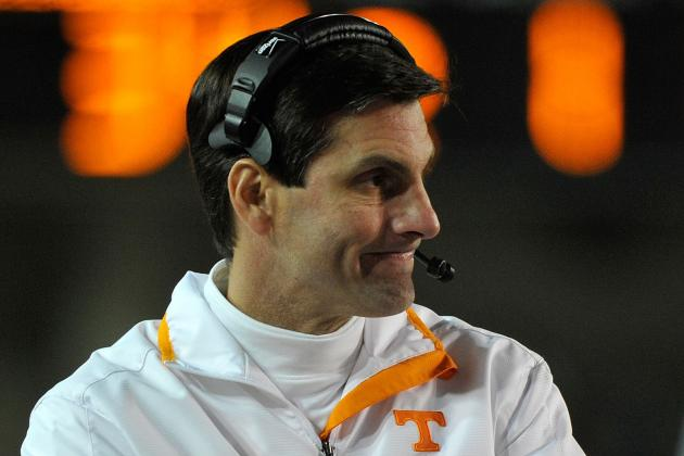 Tennessee Fires Football Coach After Blowout Loss
