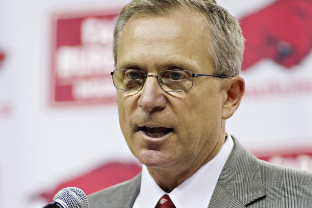 Arkansas, Long Agree on Extension, Raise