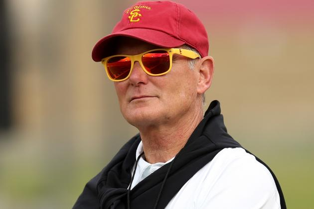 Stand-Up Guy Pat Haden Stands Behind Lane Kiffin at USC