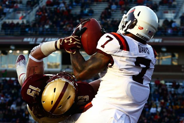 Hokies WR Marcus Davis Gets Some Redemption, Closes in on School Record