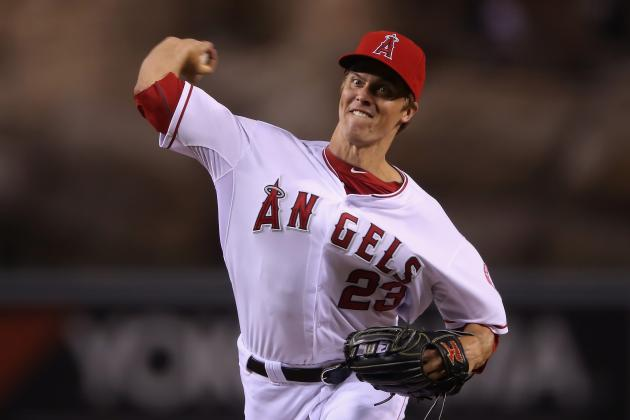 Report: Dodgers the Favorite to Sign Pitcher Zack Greinke