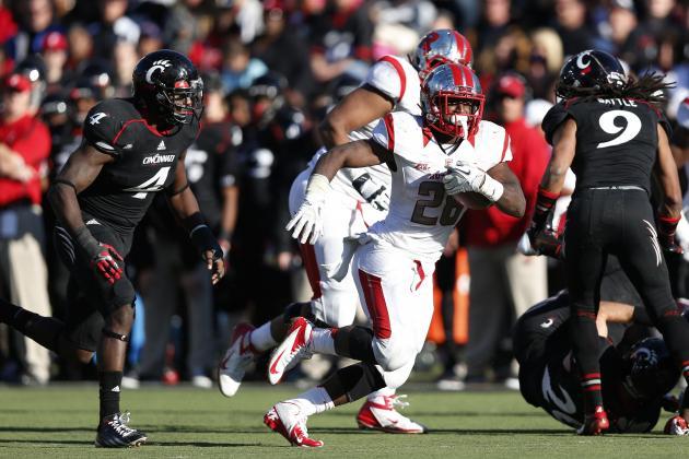 Rutgers Scratches Past Cincinnati, 10-3, to Keep Big East Title Hopes Alive