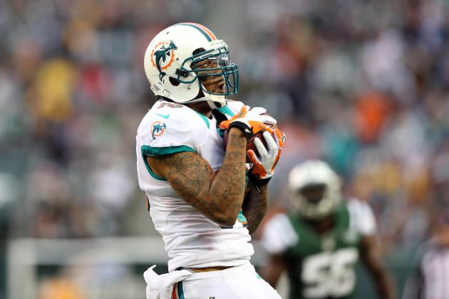 Miami Dolphins Release Jabar Gaffney and Other AFC East News