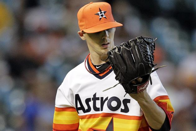 Yanks Claim RHP Storey from Stros