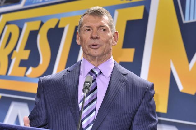 WWE Takes Shot at UFC on 'Monday Night Raw'