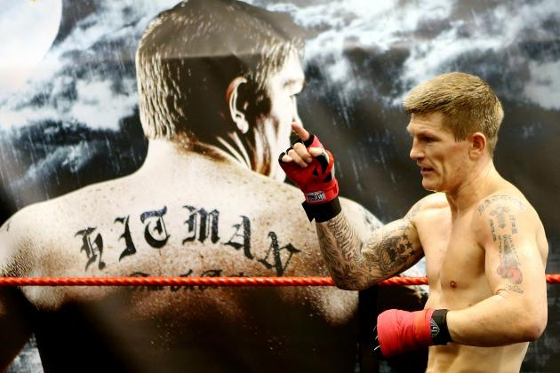 Ricky Hatton vs. Vyacheslav Senchenko: Fight Time, Date, Live Stream and TV Info