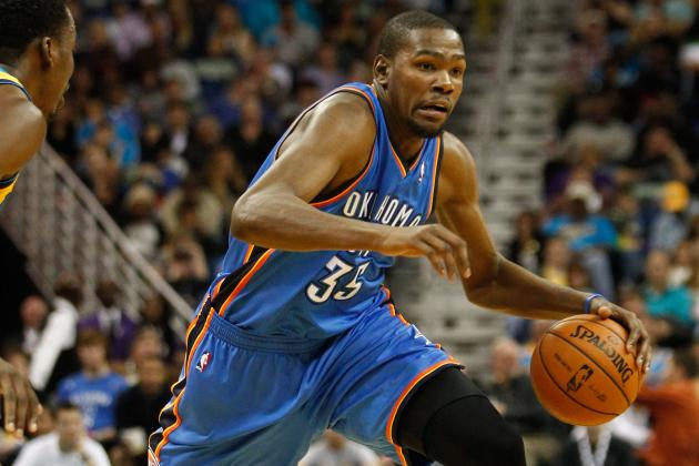 Kevin Durant Hits Courtside Fan with a Pass, Kisses Her to Apologize