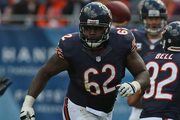 Bears G Chilo Rachal Returns to Team After Unexpectedly Walking Away