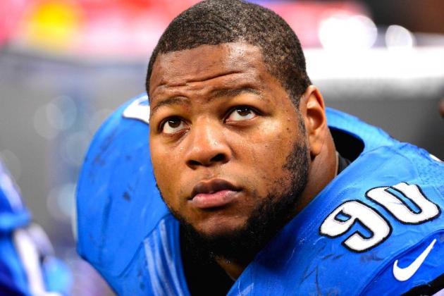 NFL to Review Ndamukong Suh's Controversial Kick to Matt Schaub