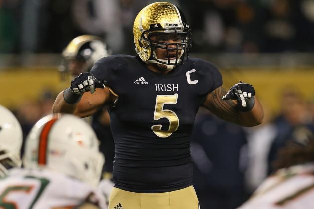 Notre Dame LB Manti Te'o Wins 2012 Maxwell Award