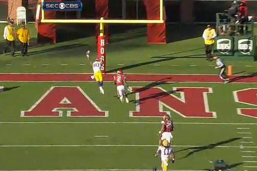 Landry Makes an Amazing Catch for LSU TD