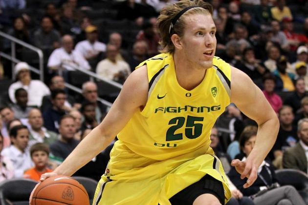 Oregon 83, No. 18 UNLV 79