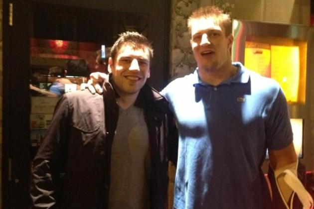 Even with Broken Arm, Gronkowski Parties with Lucic