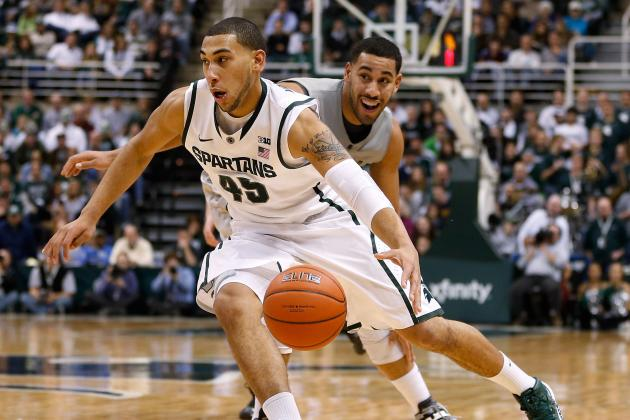 Denzel Valentine Notches Double-Double, Win While Facing Older Brother Drew