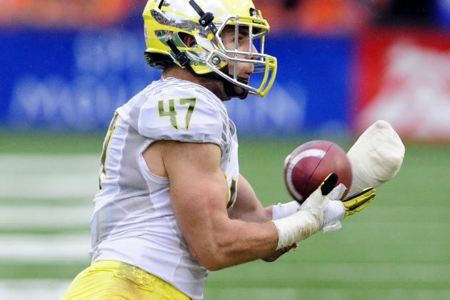 Oregon's Defense Sets a School Record with Six Takeaways in Civil War Victory