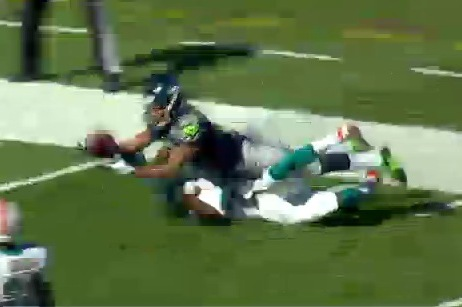 Golden Tate Diving Catch Over DB