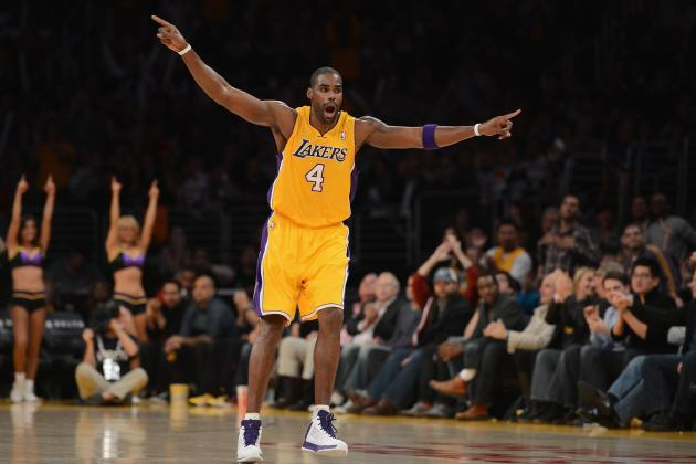 Pau Gasol's Knee Injury Shows Value of Antawn Jamison to L.A. Lakers