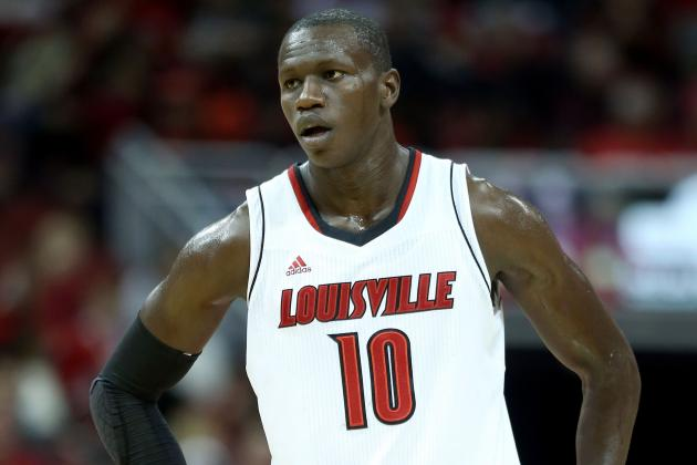 Louisville Basketball: Center Gorgui Dieng  out with Broken Wrist