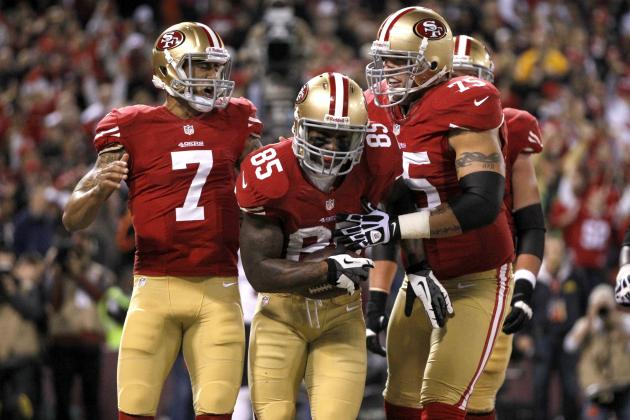Vernon Davis Believes Alex Smith, Not Colin Kaepernick, Is Still 49ers' QB