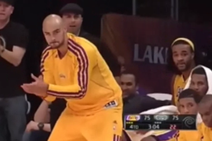 Video: Lakers' Robert Sacre Knows How to Celebrate