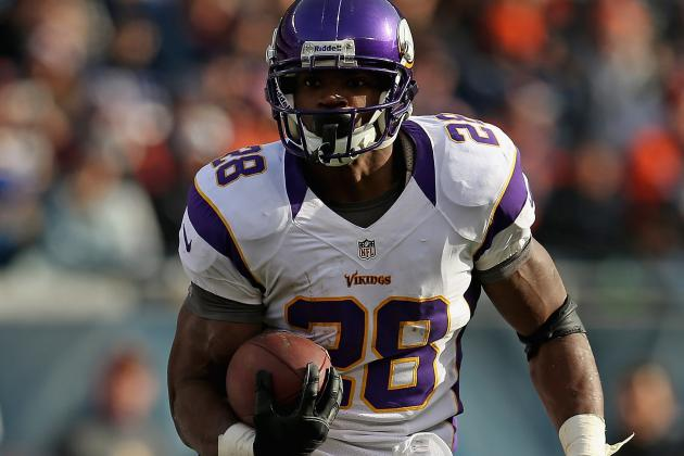 Adrian Peterson Strained Shoulder, Lacked Punctuality on Sunday