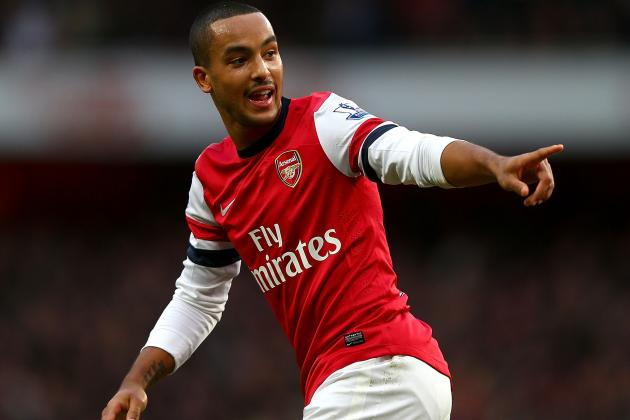 Theo Walcott Returns for Arsenal Ahead of Everton Match