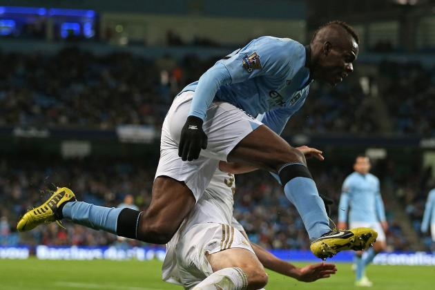 AC Milan's Nigel De Jong Would Welcome Manchester City Striker Mario Balotelli
