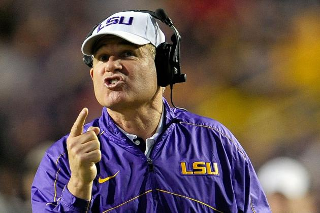 LSU Coach Les Miles Has an Offer from Arkansas, According to Tweet