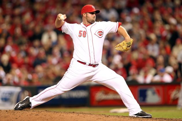 Cincinnati Reds: What Does Re-Signing Jonathan Broxton Mean for the Future?