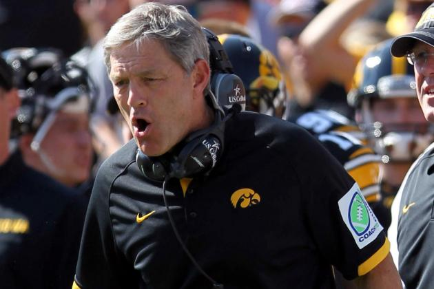 Desmond Howard Says Ferentz Football Contract 'Unbelievable'