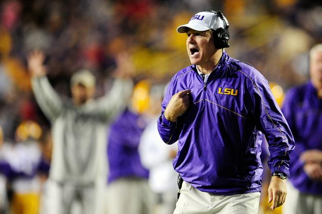Les Miles Wise to Use Arkansas' Offer as Leverage for Raise, Extension with LSU