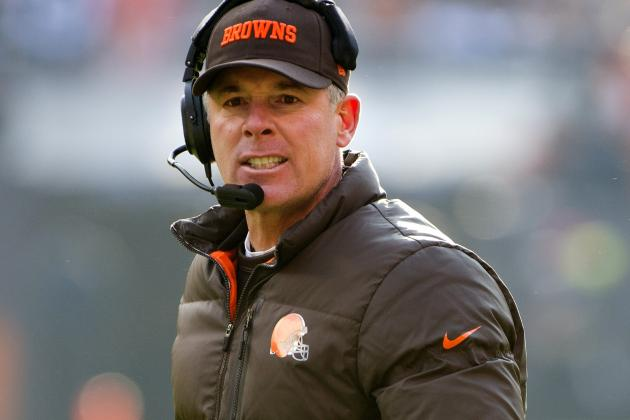 Cleveland Browns Face Uncertain Future as Rebuilding Begins