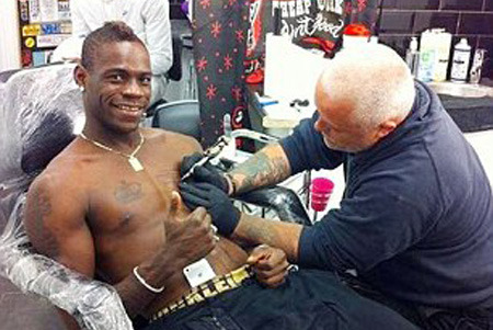 Mario Balotelli Celebrates Goal Against Wigan with Genghis Khan Tattoo