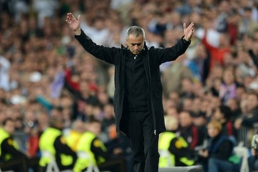 Jose Mourinho to Let Real Madrid Fans Jeer Him Alone Before Atletico Match