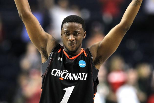 Wright's Buzzer-Beater Nets No. 16 Cincinnati Win over Alabama