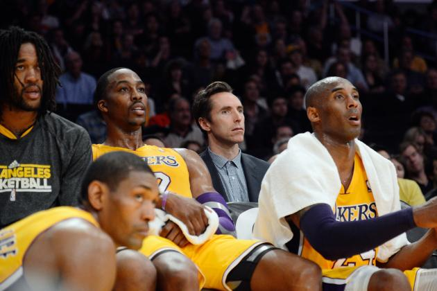 Steve Nash's Return Shouldn't Prevent Kobe Bryant from Facilitating