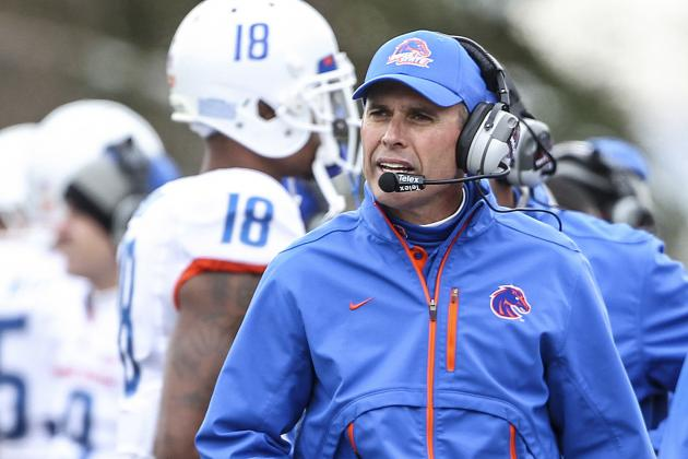 Boise State Football: Chris Petersen's Best Option Is to Remain with Broncos